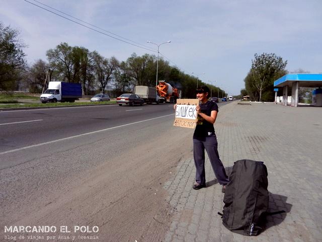 Viajar a dedo en Kirguistán y Kazajistan