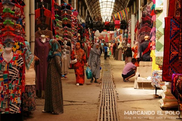 Mercado de Jalal Abad