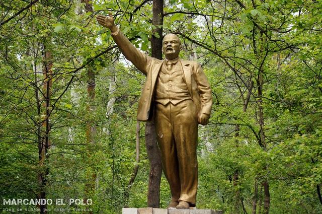 Legado soviético: estatuas de Lenin por todos lados