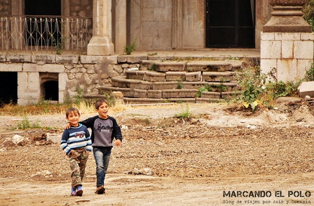 Nagorno-Karabakh-nenes-en-Shushi