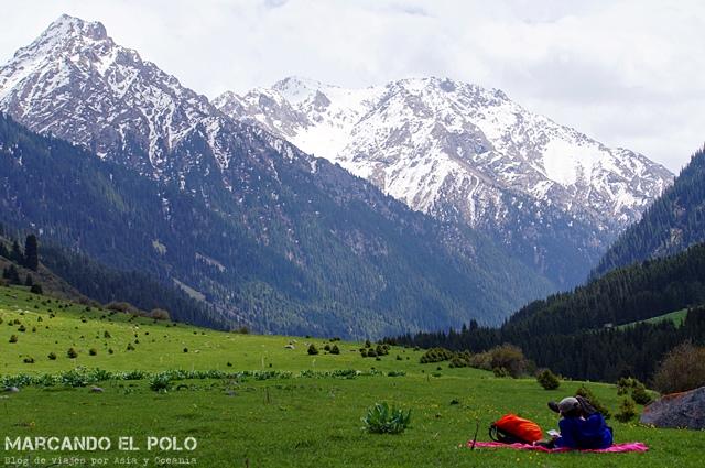 Descansando en el Parque Nacional Karakol Valley