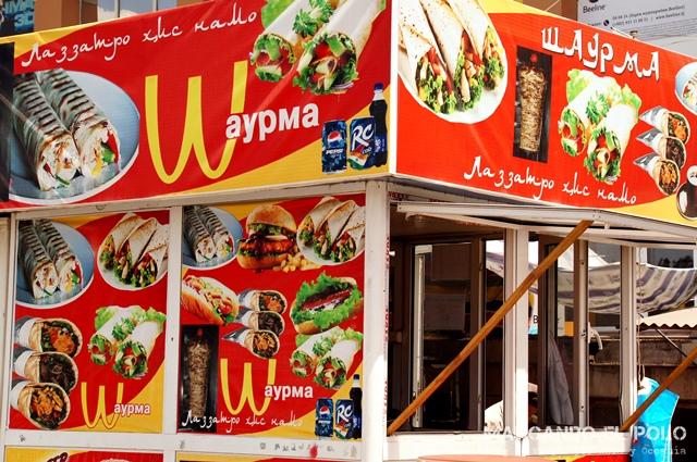 Presupuesto mochilero viajar a Tayikistan - comida callejera