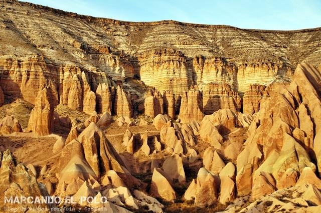 Viajar-a-Turquia-Cappadocia-Red-Valley