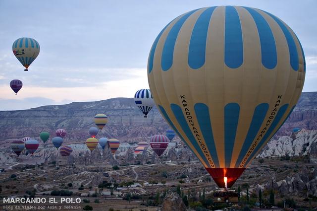 Viajar-a-Turquia-Cappadocia-vuelo-en-globo-1