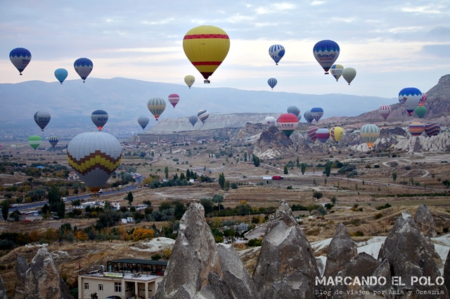 Viajar-a-Turquia-Cappadocia-vuelo-en-globo-2