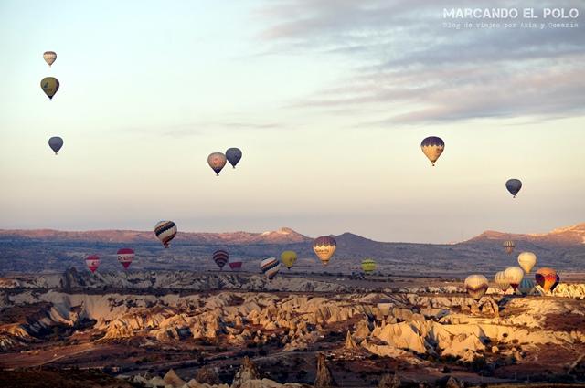 Viajar-a-Turquia-Cappadocia-vuelo-en-globo-Aktepe-Hill-1