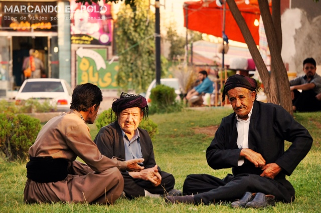 Kurdos en Paveh, Kurdistán