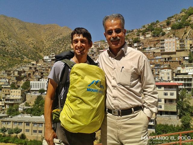 Viajar a dedo Irán - Recién llegados a Paveh