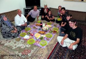 Viajar a Iran - comiendo en Varamin