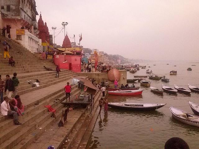 Varanasi por la mañana - María Diego