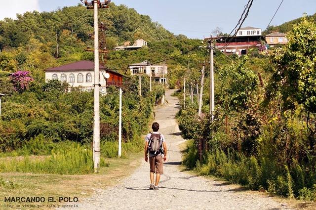 Viajar a Abjasia - afueras de Sujumi