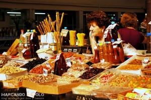 Vendedora en el mercado central