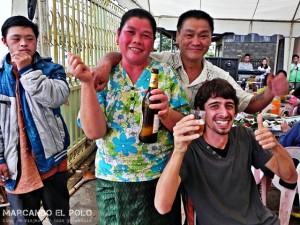 ¡Que vivan los novios y la Beer Laaaao!