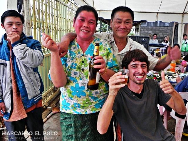 Viajar al Sudeste asiatico - Casamiento en Laos