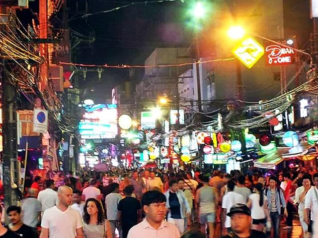 Destinos del Sudeste asiatico - Noche de Phuket, Tailandia