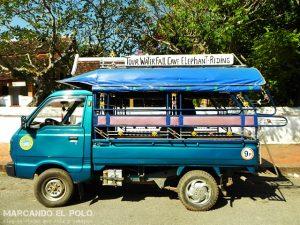 Transporte en el Sudeste asiatico: Jumbo, Laos