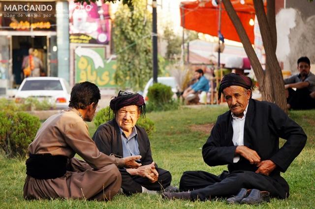 Kurdos en Paveh, Irán