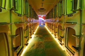 Mejor zona para alojarse en Tokio - Hotel cápsula