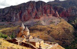 Que ver en Armenia - Monasterio Noravank