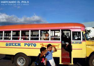 Viajar a Samoa - Bus samoano