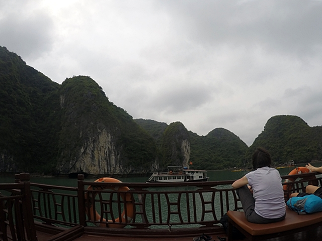 Viajar a Vietnam - Tour Halong Bay barco