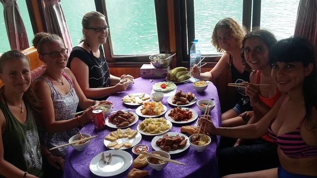 Viajar a Vietnam - Tour Halong Bay comida