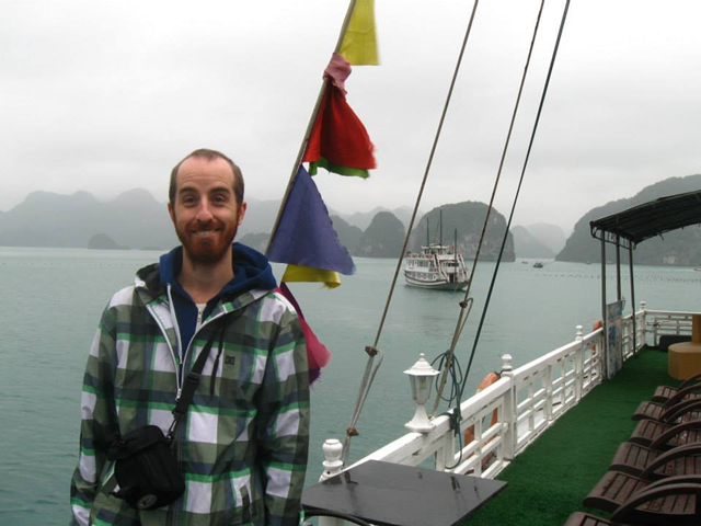 Tour a Halong Bay - Vietnam Open Tours