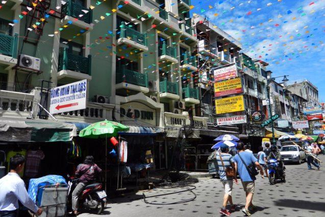 Mejor zona para alojarse en Bangkok - Khao San Road