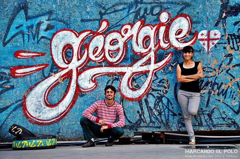 Jota y Dani (Marcando el Polo) - Batumi, Georgia