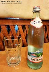 Comida de Georgia - Agua Borjomi