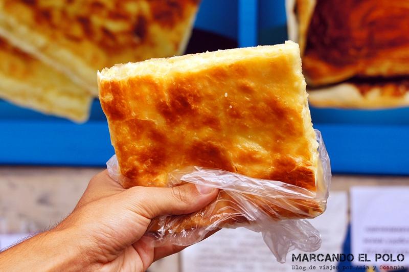 Comida de Georgia: Imeruli khachapuri de panaderia